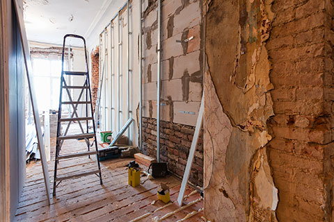 Home Inspector Belleville a picture of the interior of a home undergoing a renovation representing the type of situation a home inspector would do a renovation deficiency inspection on